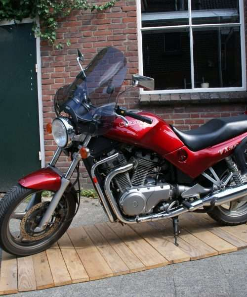 Suzuki VX 800